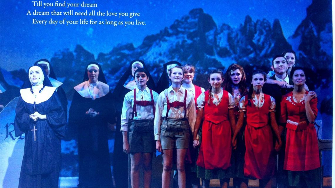 亚历山大麦肯齐高中学生音乐剧作品展示 Alexander Mackenzie High School Students Showcase